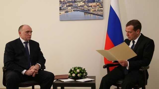 «Хрен редьки не слаще». Премьер-министра Медведева предложили сделать челябинским губернатором вместо Дубровского