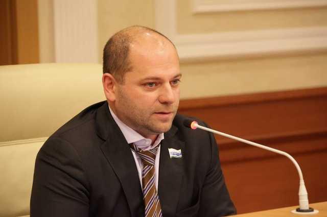 Призывавшему «меньше питаться» депутату Илье Гаффнеру снова грозит банкротство