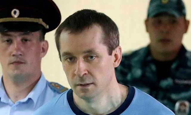 Полковника Захарченко лишили наград