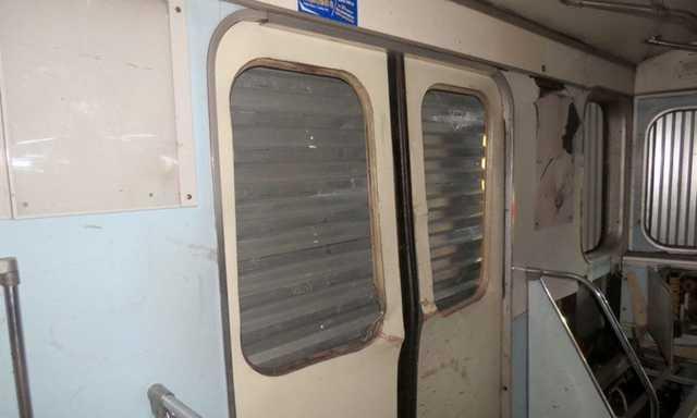 Опубликованы фото взорванного в Санкт-Петербурге вагона метро