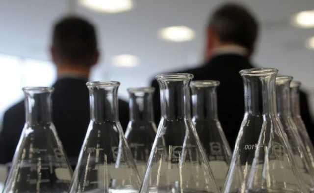 «Коммерсантъ» сообщил о срыве четверти госзакупок жизненно важных лекарств