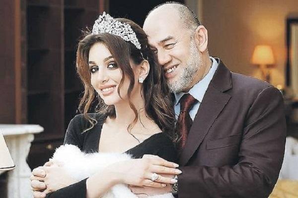 Экс-король Малайзии после брака с «Мисс Москва» Оксаной Воеводиной задумался о «более подходящей» жене?