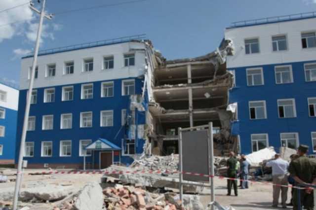 При попытке к бегству: топ-менеджер строительной фирмы арестован за гибель десантников в Омске