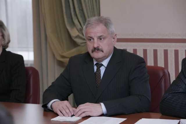 Экс-замминистра МВД Лекарю вернули арестованные $3 млн и 800 тысяч евро